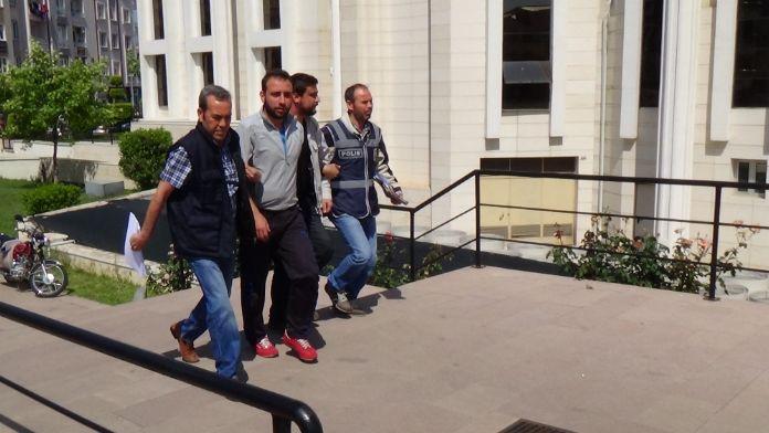 Firari 2 mahkum yakalandı