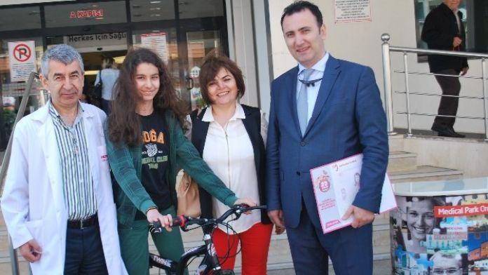 23 Nisan Resminden Bisiklet Kazandı