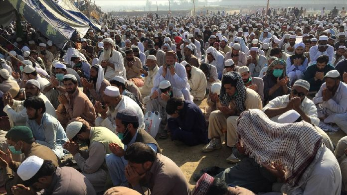 Pakistan'daki Tebliğ Cemaati Toplantısı