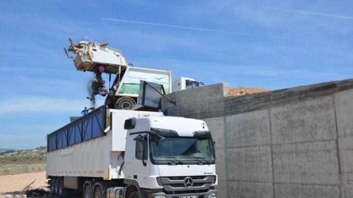 Suluova'da Çöp Toplama Merkezi Hizmete Girdi