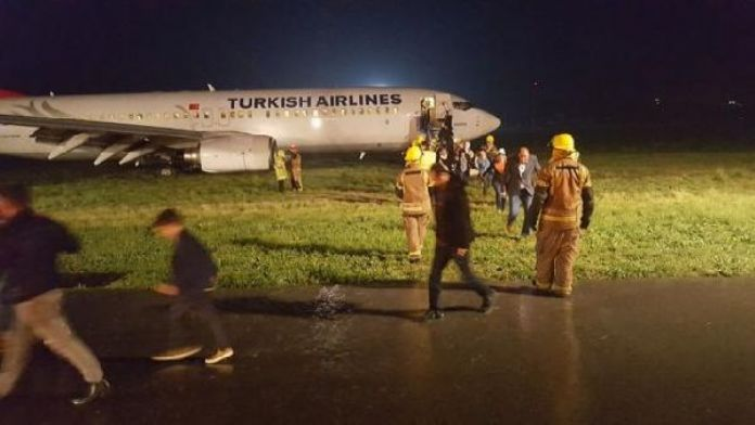 Pistten çıkan uçakta Kosova eski cumhurbaşkanı da vardı