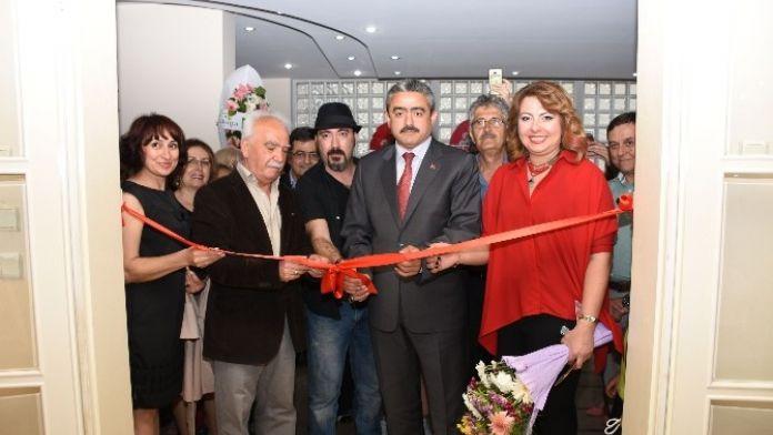 Nazilli'de Karma Resim Sergisi Açıldı