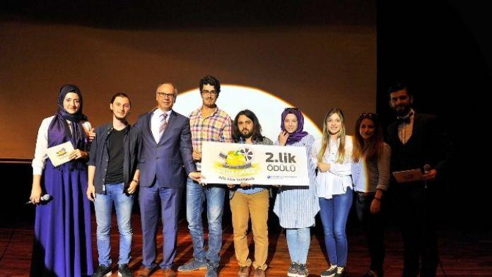 SAÜ'de Golden Pumkin Kısa Film Yarışmasının Ödül Töreni Gerçekleşti