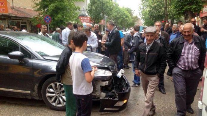 Polatlı'da Trafik Kazası: İki Çocuk Yaralı