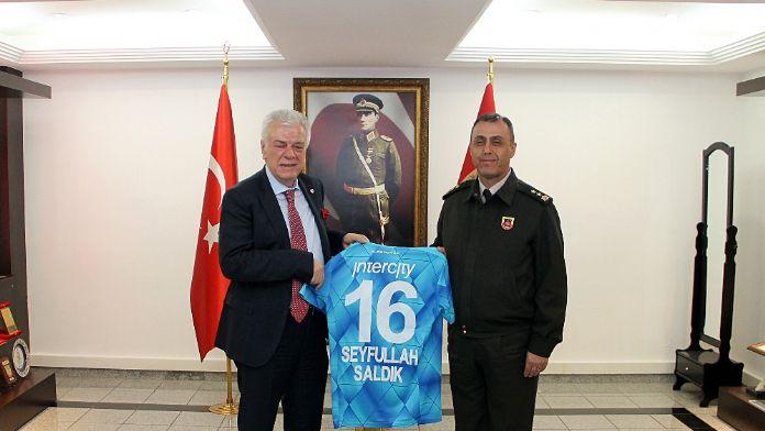 Bursaspor'dan mehmetçiğe jest !