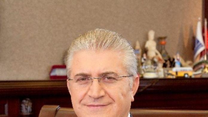 Dr. Mustafa Aydın'a Üçüncü Fahri Doktora Ünvanı Veriliyor