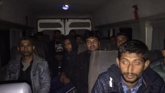 Usulsüz Giriş Yapan 16 Göçmen Yakalandı