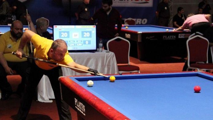 Türkiye 3 Bant Bilardo Şampiyonası Ürgüp'te Devam Ediyor