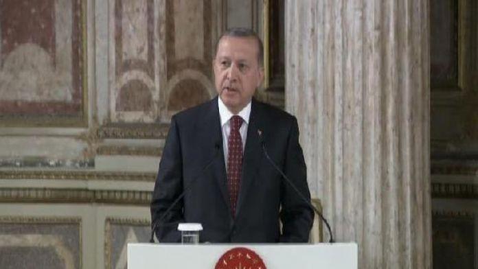 Erdoğan: Adaletin içi boş bir kavrama dönüştürülmesi insanlığın geleceği için en büyük tehdittir