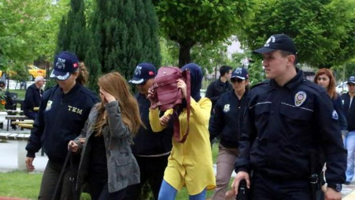 Isparta'da terör operasyonu: 5 tutuklu