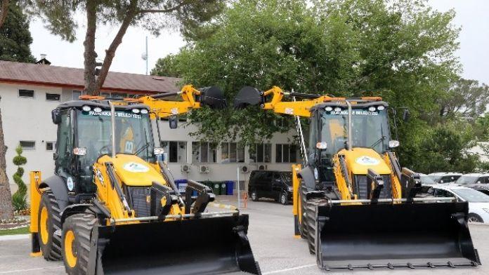 Pamukkale Belediyesi Araç Filosunu Güçlendirmeye Devam Ediyor