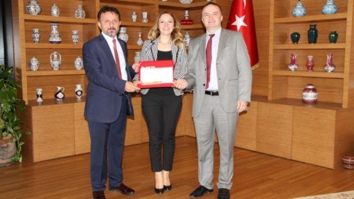 Arife Yurdakul'a 'Yılın En Genç Belim İnsanı' Ödülü