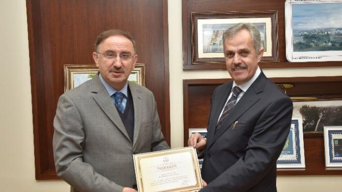 Başkan Kurtulan'a MEB'den Teşekkür Belgesi