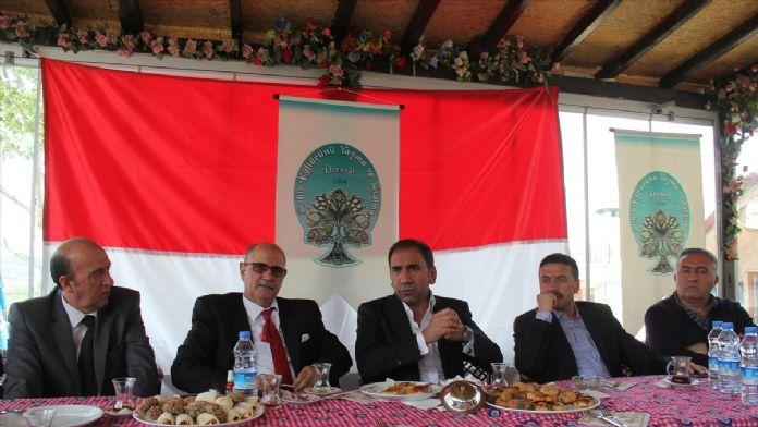 Sivasspor Kulübü Başkanı Otyakmaz'a destek