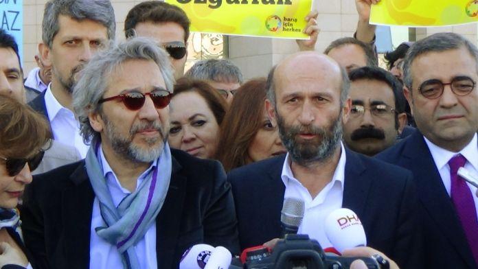 Dündar ve Gül tutuklanmadı !