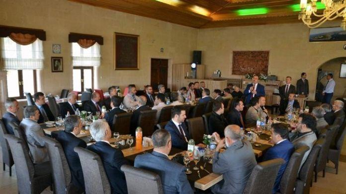 Nevşehir'de Müftü Yardımcısı Altunkaya İçin Veda Yemeği Düzenlendi