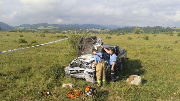 Kamyonet devrildi: 1 ölü, 3 yaralı