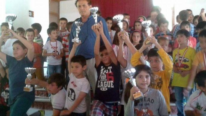 Ortaca 19 Mayıs Gençlik Şöleni Satranç Turnuvası Sona Erdi