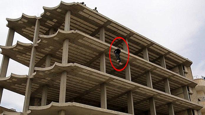 IŞİD, homoseksüel diye çatıdan attı
