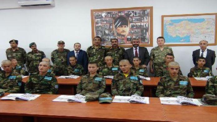 (Görüntülü haber) Atatürk'ün kurdurduğu Kabil Askeri Lisesi'nde 330 öğrenci Türkçe öğreniyor.