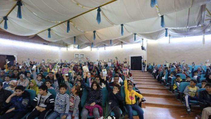 Erzincan Belediyesinden Çocuklara Ücretsiz Sinema