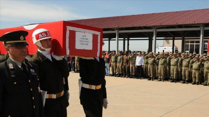 Şehit Uzman Onbaşı Poyraz son yolculuğuna uğurlandı