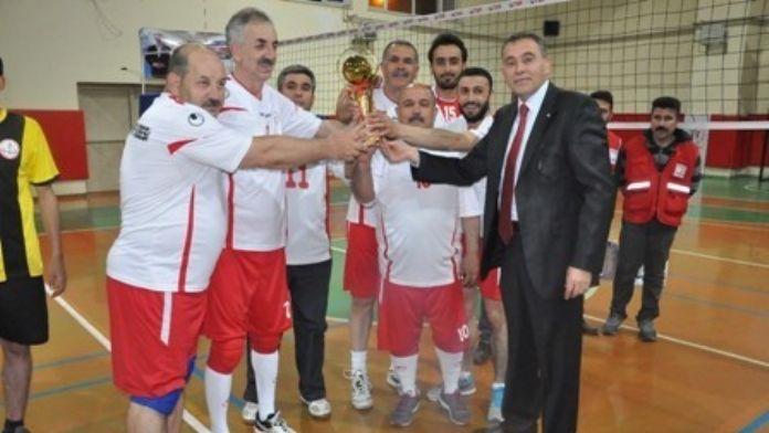 Van'da Kurumlar Arası Voleybol Turnuvası