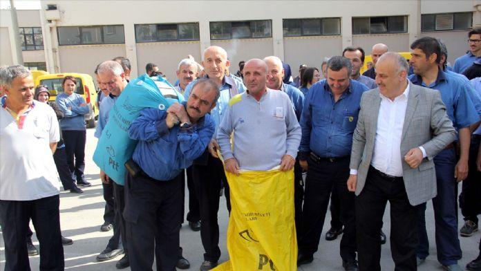 Postacılardan çuvallı protesto