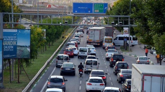 Bursa'da Bir Ayda Binlerce Araç Daha Trafiğe Çıktı