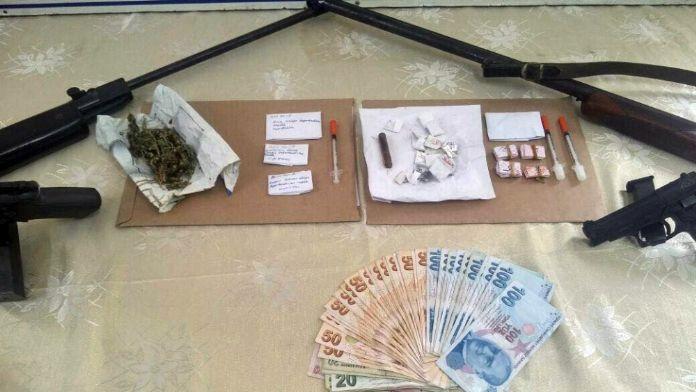 3 İlde uyuşturucu operasyonu: 12 gözaltı