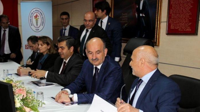 Sağlık Bakanı Müezzinoğlu'nun Kayseri Temasları