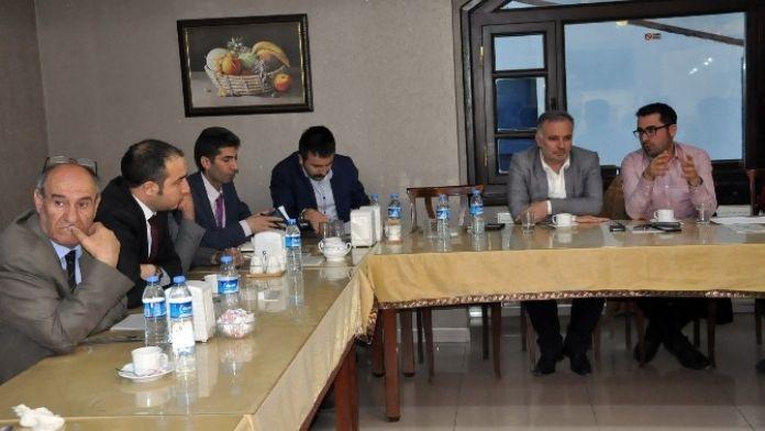 HDP Parti Sözcüsü Ayhan Bilgen, Gündemi Kars'ta Değerlendirdi