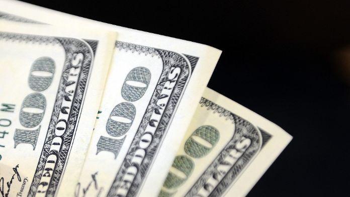 Dolar 2,96'nın üzerinde
