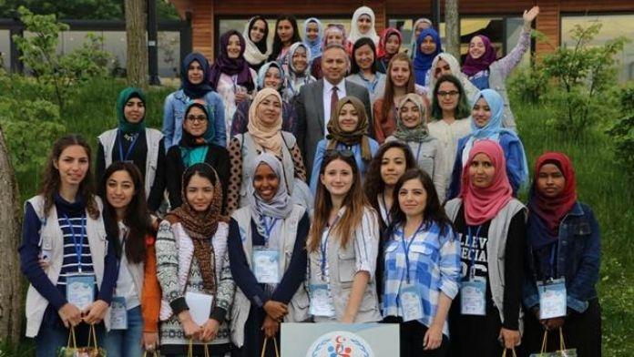 Vali Fidan 'Damla Projesi' Öğrencileri İle Bir Araya Geldi
