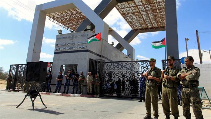 Refah Sınır Kapısı'nın 'geçici' olarak açılması