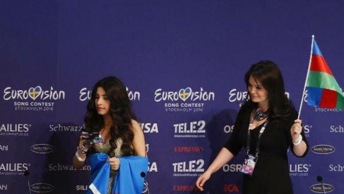 Azerbaycan'dan, Ermenistan'a Eurovision'da bayrak tepkisi