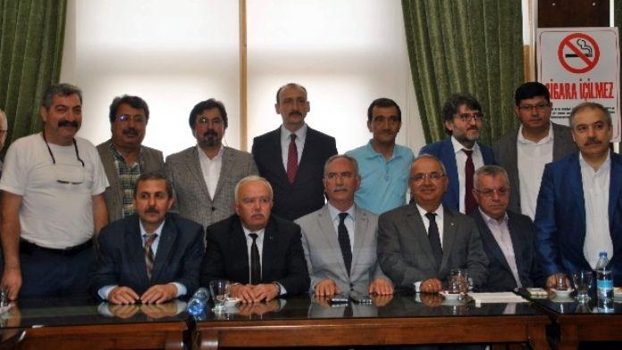 MHP Aydın Üst Kurul Delegeleri Akşener'in Ziyaretini Değerlendirdi
