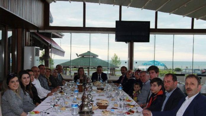 Başkan Sağıroğlu Belediye Meclis Üyeleriyle Yemekte Buluştu