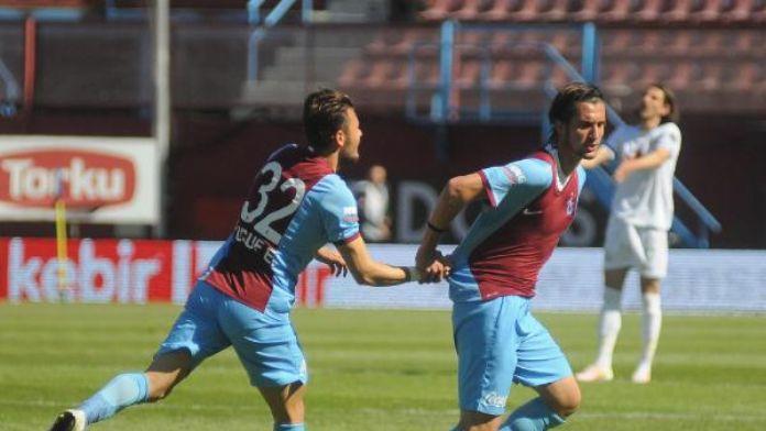 Trabzonspor, Antalya'da gençleriyle gülmek istiyor