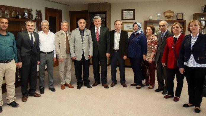 Başkan Karaosmanoğlu, STK'ları Konuk Etti