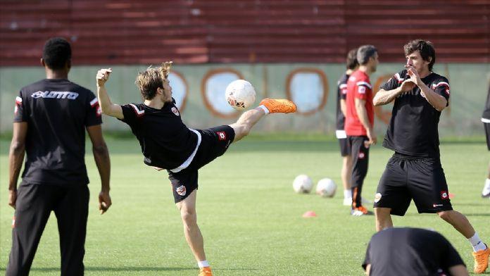 Adanaspor'da Vartaş Elazığspor maçı hazırlıkları