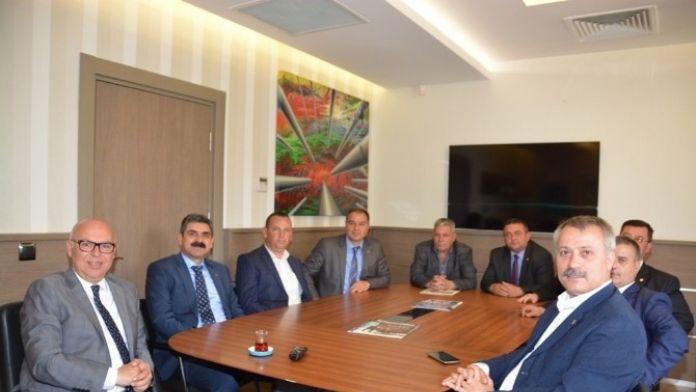 DİSK Genel-iş Genel Başkanı Remzi Çalışkan Başkan Eşkinat'ı Ziyaret Etti