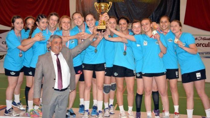 Dalaman'da Hentbol Genç Bayanlar Türkiye Şampiyonası Sona Erdi