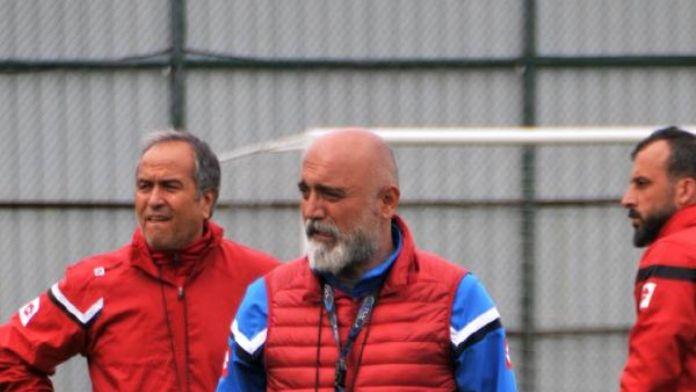 Çaykur Rizespor teknik direktörü Karaman: Ligde kalacağız