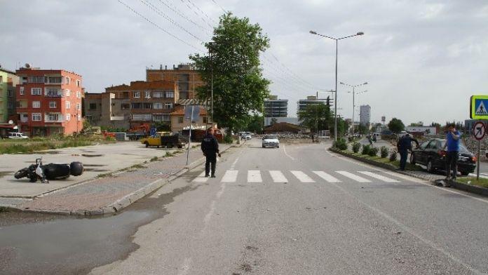 Samsun'da Trafik Kazası: 1 Yaralı 14 Mayıs 2016 Cumartesi