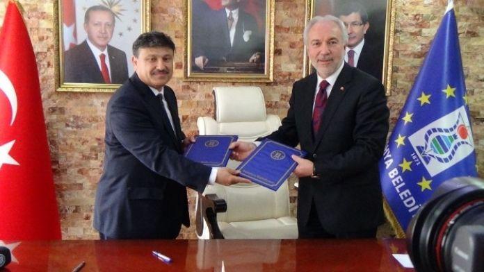 Başkan Kamil Saraçoğlu: Kütahya'da Tarih Yeniden Canlanıyor