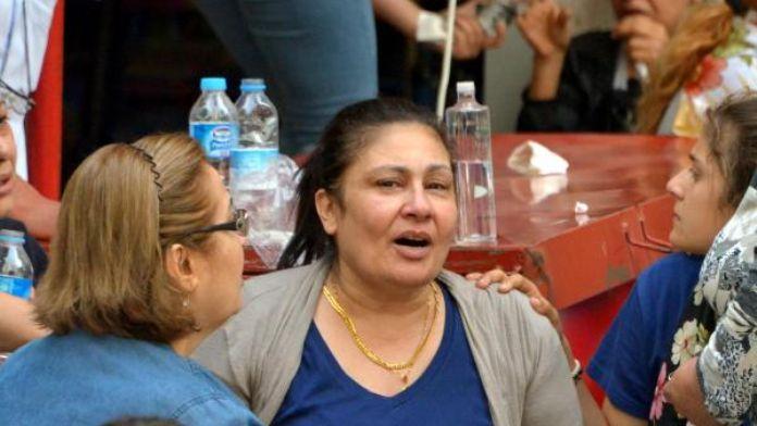 Üniversiteli genç annesinin gözleri önünde öldürüldü (2)