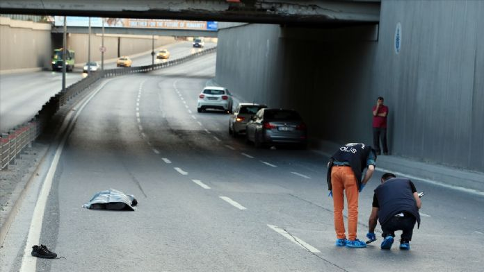 Beşiktaş'ta otomobilin çarptığı yaya öldü