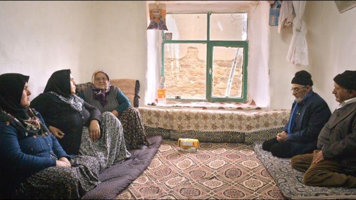 'Arama Motoru' filmine özel türkü