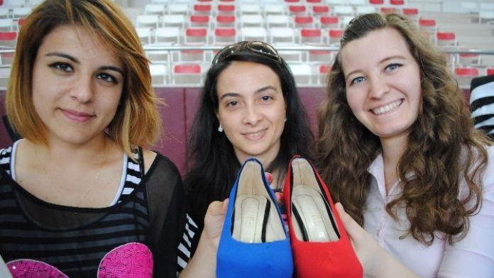 Renk Değiştiren Ayakkabılar